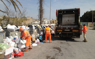 http://www.seguonews.it/rifiuti-a-sommatino-continua-protesta-ex-operai-tekra-il-sindaco-scrive-al-prefetto-di-caltanissetta