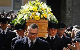 http://www.seguonews.it/botte-da-orbi-per-i-costi-del-funerale-a-caltanissetta-lite-tra-vedova-e-le-figlie-arriva-la-polizia