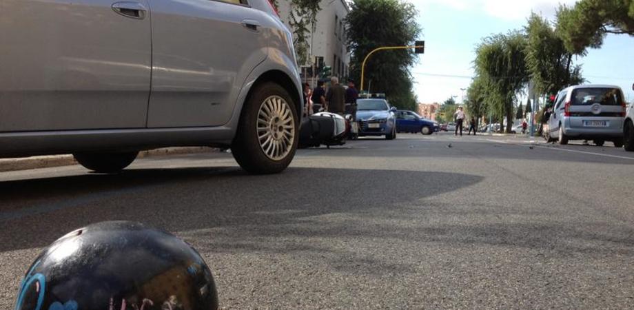 """""""Giovedì nero"""" sulle strade di Caltanissetta. Due incidenti stradali in poche ore, feriti giovani alla guida di scooter"""