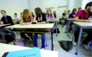 http://www.seguonews.it/caltanissetta-bando-borse-di-studio-2014-2015-per-le-scuole-medie-e-superiori-modificate-le-modalita-di-assegnazione