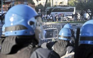 http://www.seguonews.it/bomba-carta-contro-tifosa-sancataldese-daspo-e-denuncia-per-supporter-castrovillari