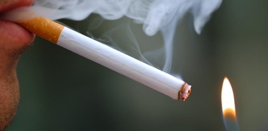 """Fumo, in Italia a rischio asma un bambino su 3. """"Esposizione passiva da parte dei genitori"""""""