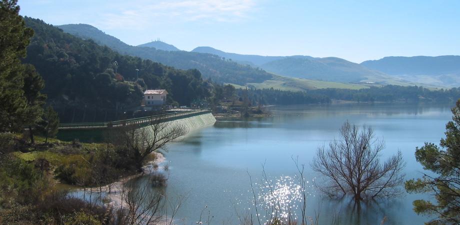 Guasto al Fanaco, niente acqua fino a venerdì in 11 Comuni del Nisseno
