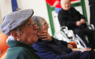 http://www.seguonews.it/assistenza-anziani-a-caltanissetta-assegnati-900mila-euro-lassesore-cavaleri-aiuti-concreti-per-i-non-autosufficienti