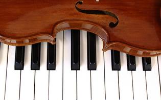 http://www.seguonews.it/ce-qualcuno-che-sempre-ti-ama-stasera-concerto-delle-corali-nella-chiesa-san-luca