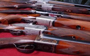 http://www.seguonews.it/detentori-di-armi-obbligo-di-presentazione-alla-questura-di-caltanissetta-del-certificato-medico-ogni-cinque-anni