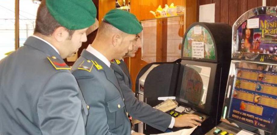 Scommesse clandestine online: blitz della Finanza a Caltanissetta, Delia e Sommatino. Denunce e multe per i titolari