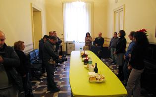 http://www.seguonews.it/gli-auguri-natale-stampa-lufficio-presidenza-ribatte-forza-italia