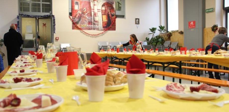 Rapporto Save the Children: in Sicilia metà delle scuole senza mensa