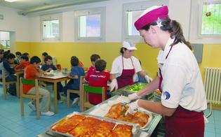 http://www.seguonews.it/refezione-scolastica-addette-in-stato-dagitazione-a-caltanissetta-i-sindacati-accusano-il-comune-sui-ritardi-dellappalto