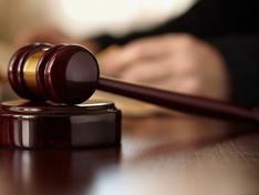 Caltanissetta, accusato di stupro ed estorsione: per il giudice deve rimanere in cella