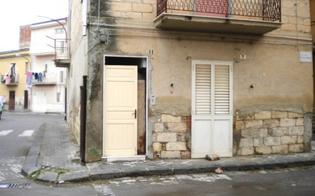 http://www.seguonews.it/ladri-come-giufa-riesi-si-tirano-porta-casa-disabitata