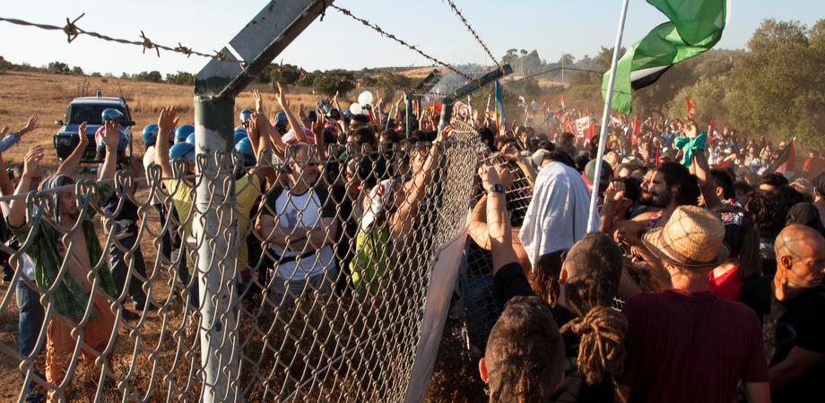 L'invasione d'agosto nella base Muos di Niscemi. Raffica di denunce in tutta Italia per gli attivisti