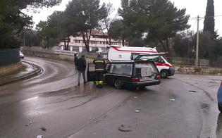 http://www.seguonews.it/carro-funebre-si-schianta-contro-troupe-tv-autobotte-dei-vvf-sbanda-curva-accusa-santo-spirito