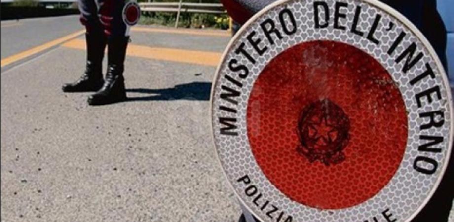 Caltanissetta, controlli della Polizia Stradale: 11 multati poichè sorpresi senza cintura di sicurezza