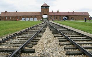 http://www.seguonews.it/olocausto-deportati-nisseni-nei-lager-il-prefetto-consegna-due-medaglie-donore