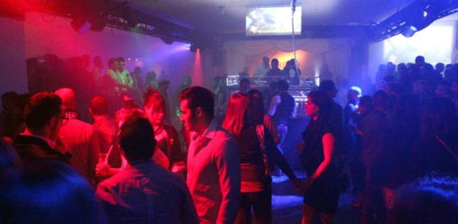 Esplode rissa in locale notturno a Niscemi. Cinque giovani incastrati da riprese: denunciati