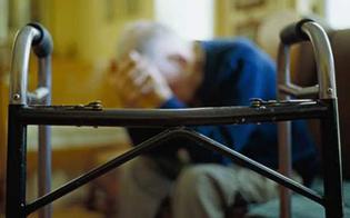 http://www.seguonews.it/aggrediscono-anziano-e-gli-rubano-la-pensione-a-gela-due-rapinatori-incastrati-dalla-videosorveglianza