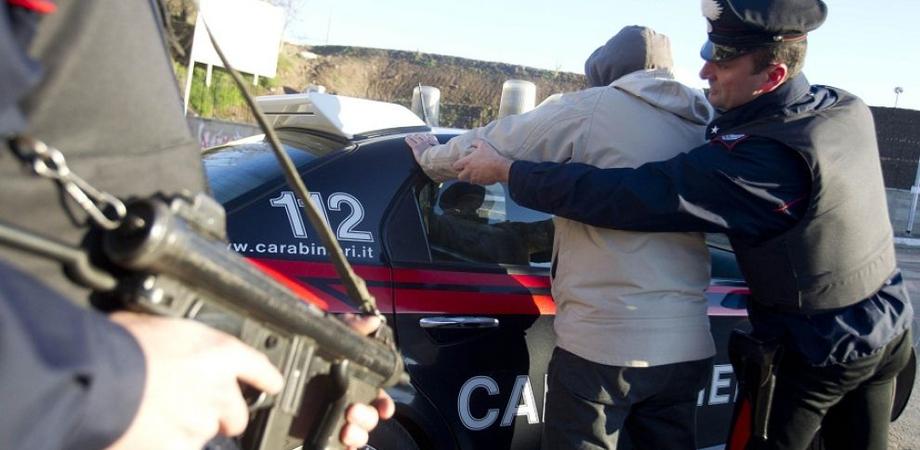 Spaccio. Da Palermo a Caltanissetta con 5 panetti di hashish: arrestato giovane