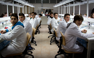 https://www.seguonews.it/diploma-odontotecnico-galilei-caltanissetta-professione-guarda-futuro