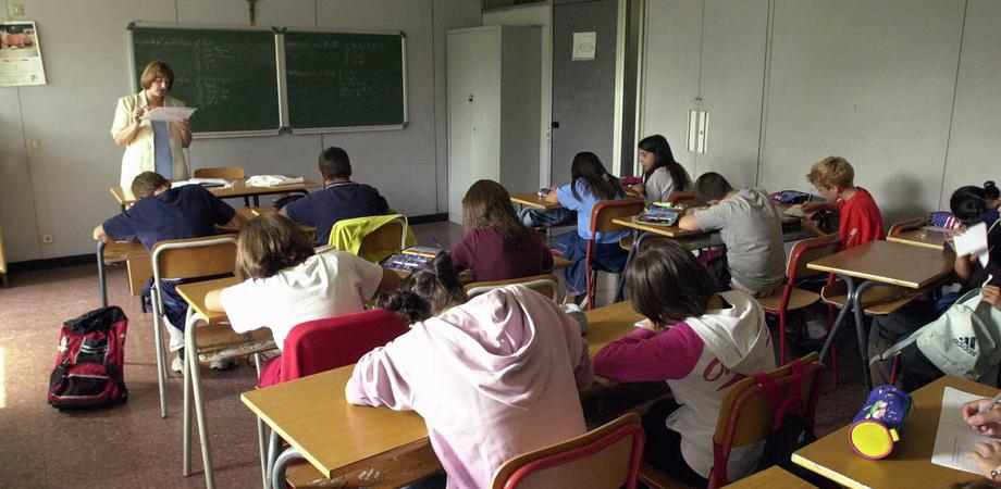 """Scuola, Faraone: """"In Sicilia entro il 2018 assunti 11 mila nuovi insegnanti"""""""