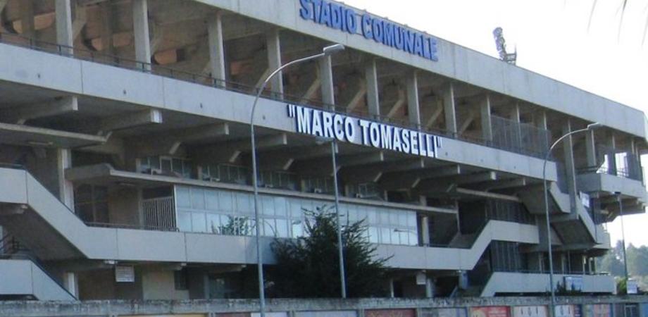 """La """"sprecopoli"""" degli impianti sportivi a Caltanissetta. Denuncia della quinta Commissione: """"Soldi a vuoto per strutture fuoriuso"""""""