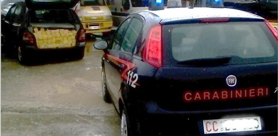 Carabinieri ritrovano a Sommatino 290 pezzi di formaggio rubati in caseificio, denunciato un nisseno. Caccia ai complici