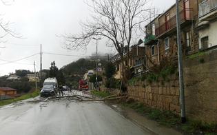 http://www.seguonews.it/violento-nubifragio-nel-nisseno-frane-strade-allagate-caltanissetta-fulmine-incendia-abitazione-montedoro