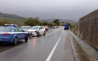 http://www.seguonews.it/tre-incidenti-stradali-sulla-a19-in-poche-ore-caos-tra-enna-e-caltanissetta-scontro-camion-auto-a-tremonzelli