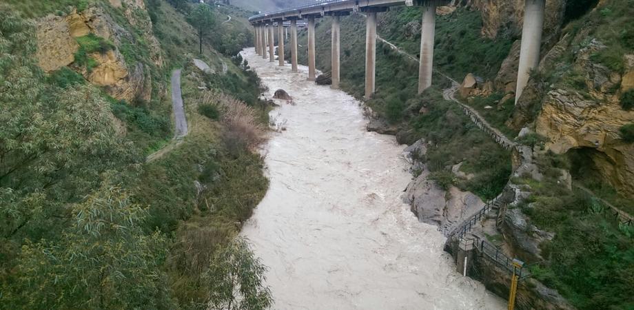 Fiume Imera ingrossato, ProCiv in allerta. Record di pioggia: tra Caltanissetta e Resuttano oltre 40 mm di acqua