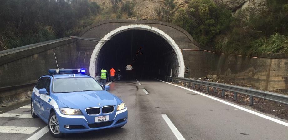 Cede giunto di viadotto nei pressi di Enna, chiuso tratto dell'A19 Palermo-Catania