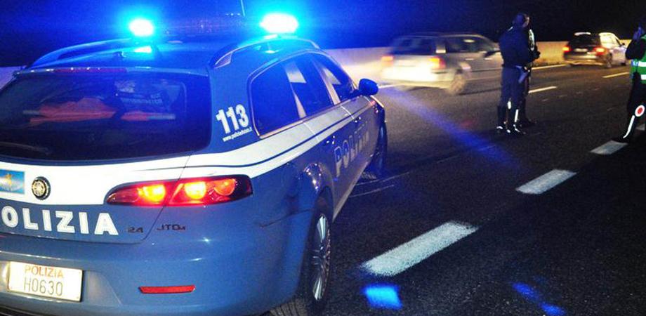 Contromano sulla A19 per centinaia di metri. Tunisino ubriaco bloccato dai poliziotti della Stradale