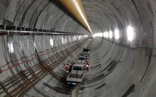 http://www.seguonews.it/pronta-la-galleria-caltanissetta-della-ss-640-oggi-si-abbatte-lultimo-diaframma-la-megatalpa-continuera-a-scavare-sullarteria