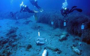 http://www.seguonews.it/tesoro-sommerso-gela-gli-studenti-in-corteo-i-nostri-reperti-archeologici-restino