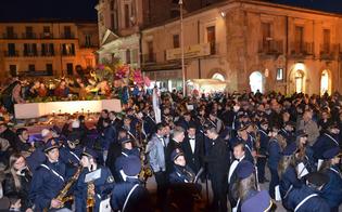 http://www.seguonews.it/bande-musicali-forestiere-per-le-vare-caltanissetta-protesta-del-complesso-petiliana-contro-lesclusione