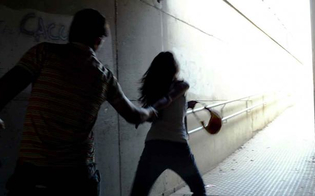 http://www.seguonews.it/caltanissetta-violenza-sessuale-su-ragazza-commerciante-rinviato-a-giudizio-laccusa-lha-palpeggiata-al-seno