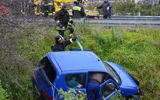http://www.seguonews.it/schianto-sulla-caltanissetta-agrigento-auto-finisce-nel-dirupo-e-va-a-fuoco-ferite-lievi-per-i-due-conducenti