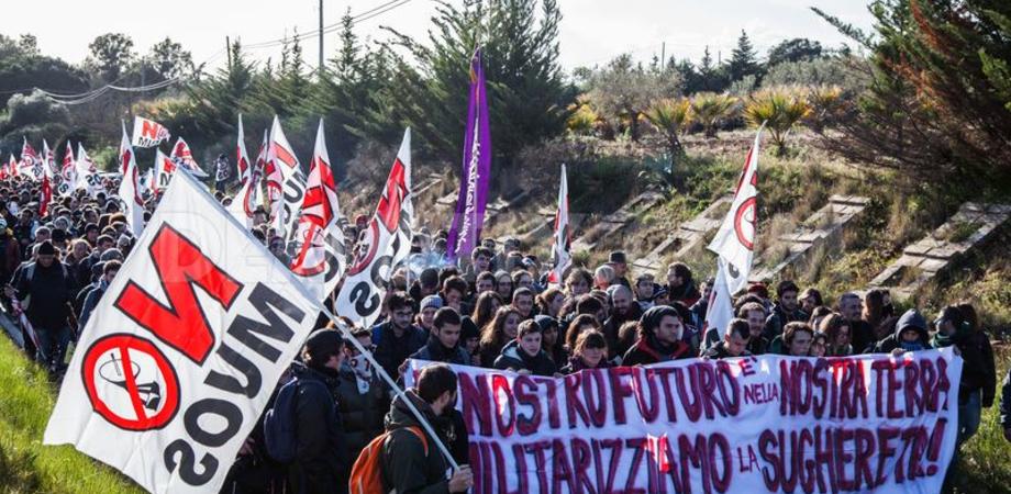 Otto marzo, a Niscemi il corteo delle donne No Muos. Attesi migliaia di manifestanti nella base Usa