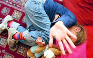 http://www.seguonews.it/abusi-su-ragazzina-disabile-nel-nisseno-arrestato-operaio-laccusa-per-2-anni-lha-costretta-ai-rapporti