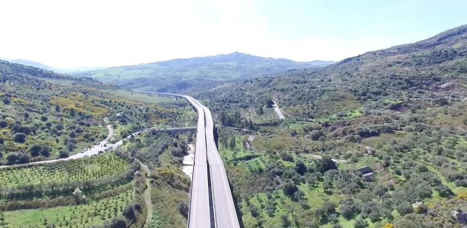 Frana viadotto Himera sulla A19, lavori entro il 10 agosto. Si partirà con la costruzione della bretella
