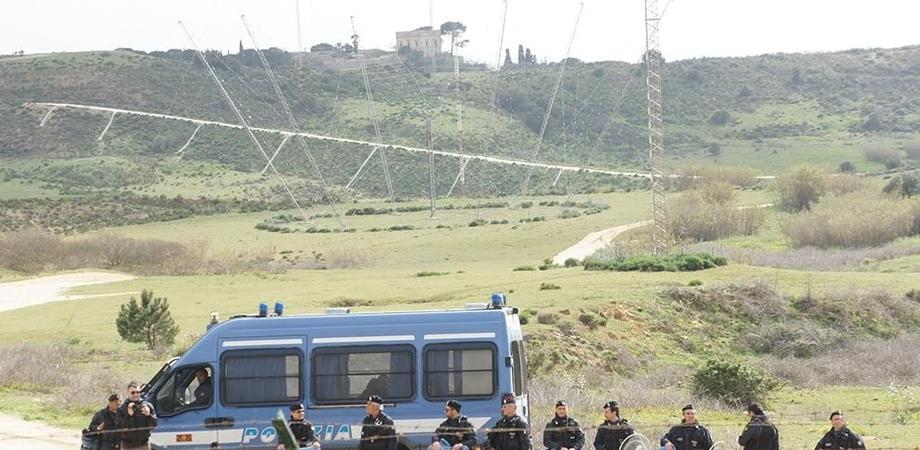 Antenne Muos, la Procura di Caltagirone indaga otto persone per la realizzazione abusiva dell'impianto di Niscemi