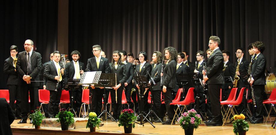 """""""Festa dei popoli"""", successo a Santa Caterina per il concerto che unisce emigrazione e immigrazione"""