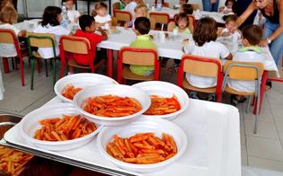 http://www.seguonews.it/delia-mensa-scolastica-i-bambini-saranno-liberi-di-scegliere-fra-il-pasto-della-scuola-e-quello-di-casa