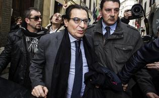 http://www.seguonews.it/crocetta-non-molla-ma-il-pd-vuole-il-voto-il-fantasma-del-depistaggio-contro-di-me-golpe-dei-servizi
