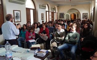 http://www.seguonews.it/san-secondo-in-un-tweet-lesperienza-nissena-al-salone-del-libro-di-torino