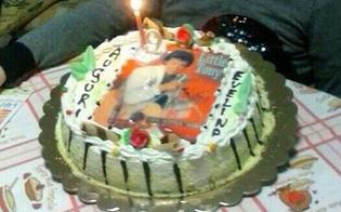 http://www.seguonews.it/vuole-la-torta-di-little-pony-ma-il-pasticcere-disegna-little-tony-compleanno-rovinato-per-una-bimba-di-9-anni
