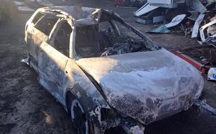 http://www.seguonews.it/caltanissetta-incendio-di-auto-a-santa-barbara
