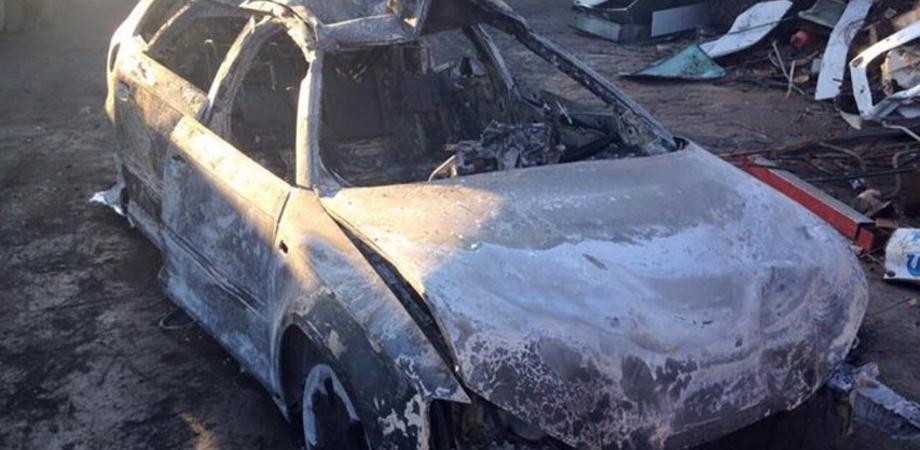 """Ritrovata carbonizzata in provincia di Caltanissetta l'auto rubata a imprenditore antiracket. Lui: """"Non mi spavento"""""""