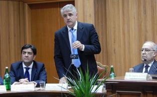 http://www.seguonews.it/corte-dappello-presidio-di-legalita-da-non-perdere-sabato-incontro-a-caltanissetta-tra-magistrati-avvocati-e-deputati