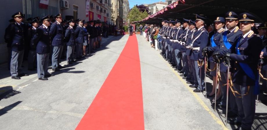 """""""Esserci sempre, grazie alle donne e agli uomini della Polizia"""". Le foto della festa a Caltanissetta, ecco i poliziotti premiati"""